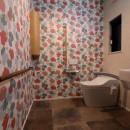 家族が集まる週末別荘の写真 トイレ