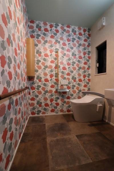 トイレ (家族が集まる週末別荘)