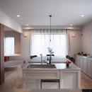 mellow lounge-家具を含めてトータルでコーディネート。エリアを絞った一戸建てリノベーションの写真 ダイニングキッチン