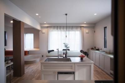 ダイニングキッチン (mellow lounge-家具を含めてトータルでコーディネート。エリアを絞った一戸建てリノベーション)