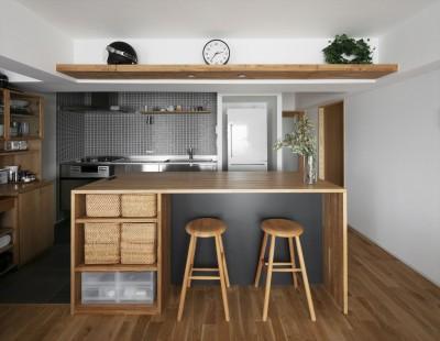 キッチンカウンター (M邸_シンプルな暮らし こだわりの生活)