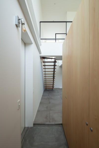 1階 玄関 (結崎の住宅 / House in Yuzaki)