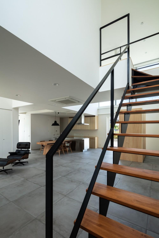 結崎の住宅 / House in Yuzaki (階段)