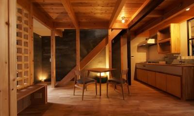 LDK|突抜の町家/素材の質感 京町家リノベーション