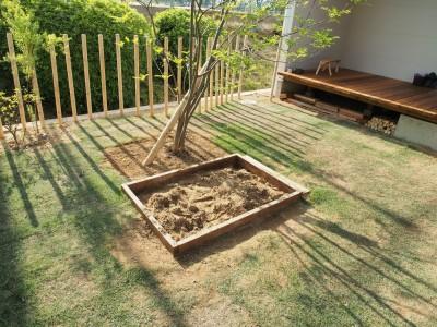 庭 / 砂場 (橿原の住宅)