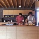 橋本の住宅 / 土間と縁側の写真 キッチン
