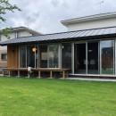 橋本の住宅 / 土間と縁側の写真 庭 / 外観