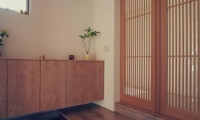 大津の住宅 (玄関)