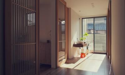 大津の住宅 (玄関ホール / フリースペース)