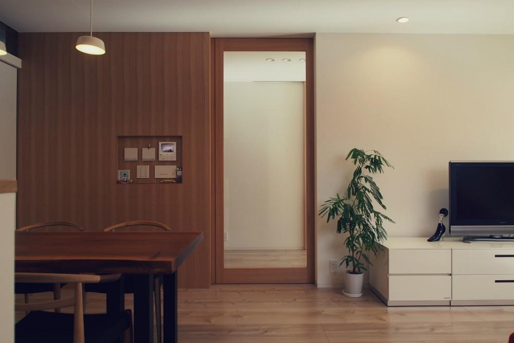 大津の住宅 (リビング / ダイニング)