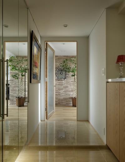 玄関 (House-S Renovation / シニア世代のマンションリノベーション)