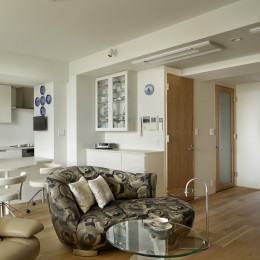 House-S Renovation / シニア世代のマンションリノベーション (LDK〜個室)