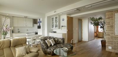 LDK〜個室 (House-S Renovation / シニア世代のマンションリノベーション)