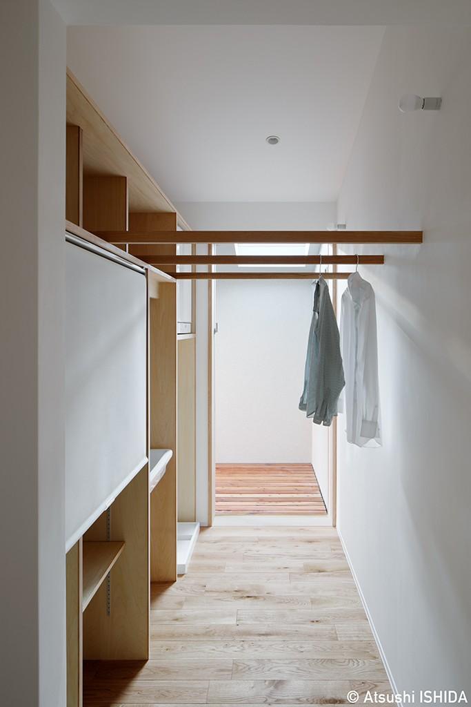 青木律典|デザインライフ設計室「都心の住宅密集地にたつ二世帯住宅」