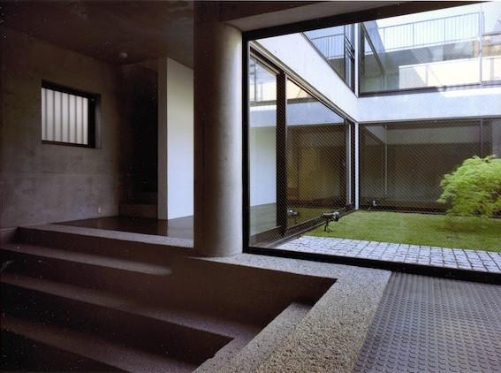 目黒の都市型住宅 (プロローグホール)