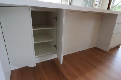 キッチンの収納スペース (工夫がつまったオーダーメイドキッチン)