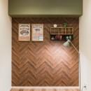 MyRENO JOINT WORK WITH DULTONの写真 スペースが凝縮された空間だからこそ、 飾るものを設置するためのアクセント壁を用意。