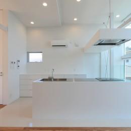 国分中央の住宅 (ダイニングキッチン)