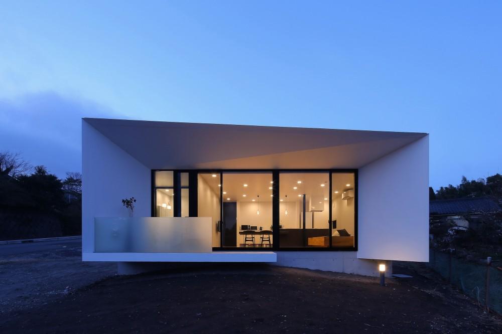外観夜景1 (霧島の住宅)