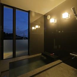 霧島の住宅 (天然温泉の浴室)