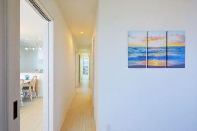 廊下 (Ocean front House(オーシャン フロント ハウス)海を見て暮らす家)