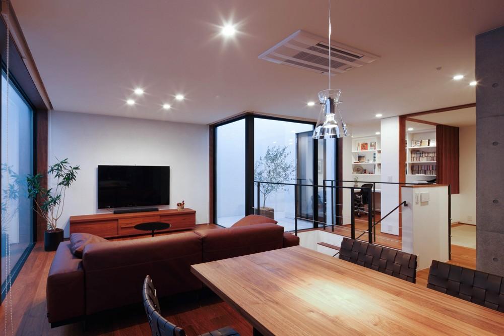 Double Wall House / ダブルウォールハウス (リビングダイニング)