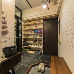 靴屋の家 (玄関)