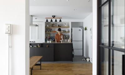 K邸--仕事と暮らしが同居する、住まいの中のアトリエ (アトリエ)