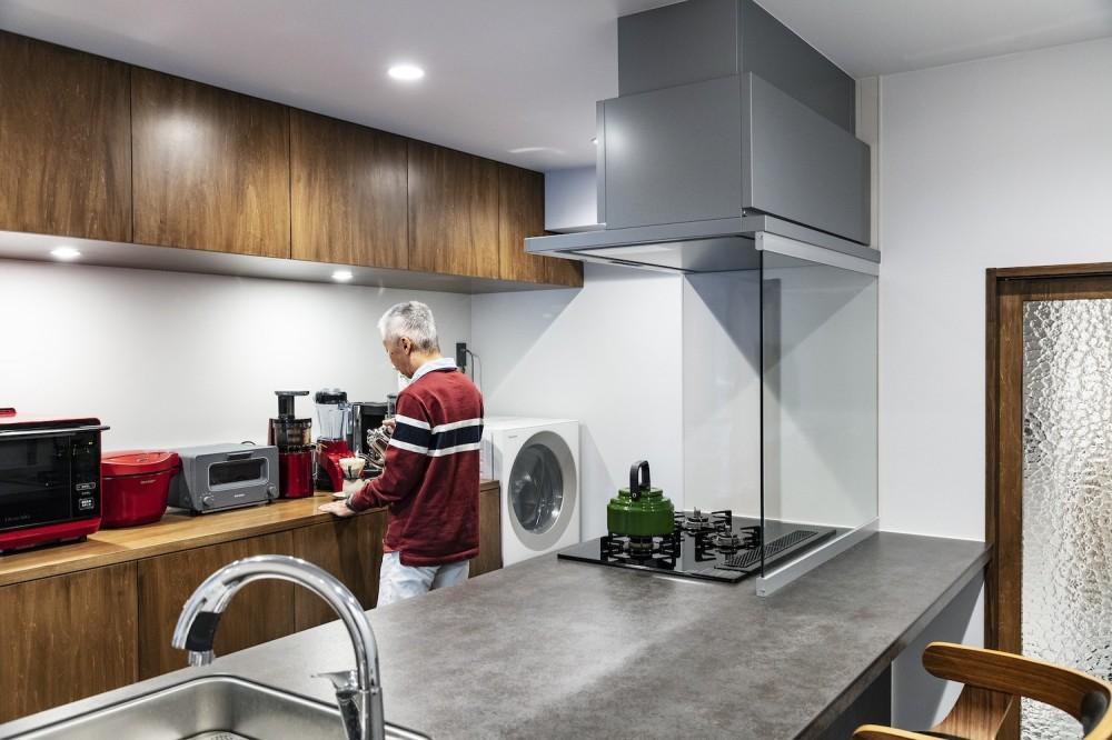Horn--アクティブに一人暮らしを楽しむ、理想のセカンドライフを実現する住まい (キッチン)