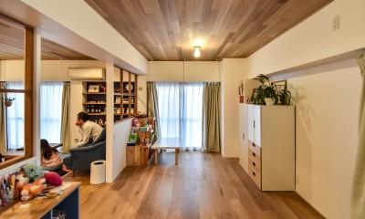 木張りで やさしい空間に (洋室)