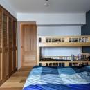 木張りで やさしい空間にの写真 寝室