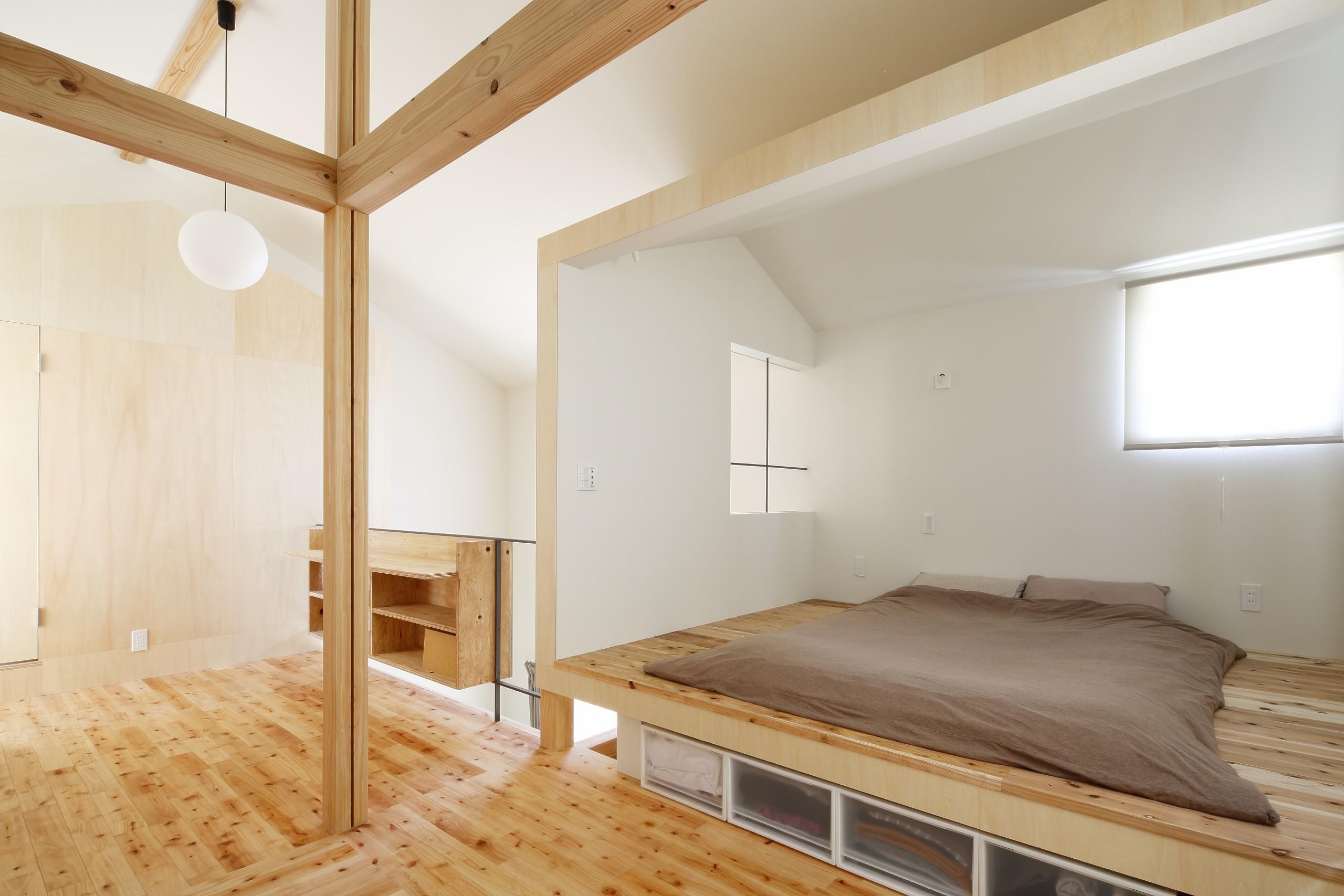 ベッドルーム事例:寝室(公園の傍の家)