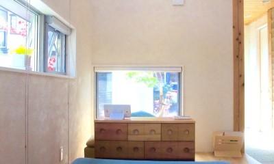 リビング|ちいさな木のオフィス 〜 カフェのような店舗併用住宅 〜