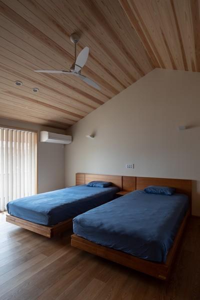 主寝室 (鳳の家)