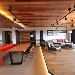TOKYO Residence ー「ホテルライクな新築風」をあえて、リノベで叶える贅沢ー (リビングダイニング)