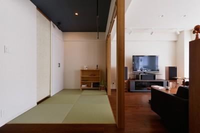 和室 (T邸_「男のロマン」を感じる寛ぎの住まい)