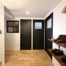 ORDERED BROOKLYN ー心地よい「秩序感」が漂う家ーの写真 玄関
