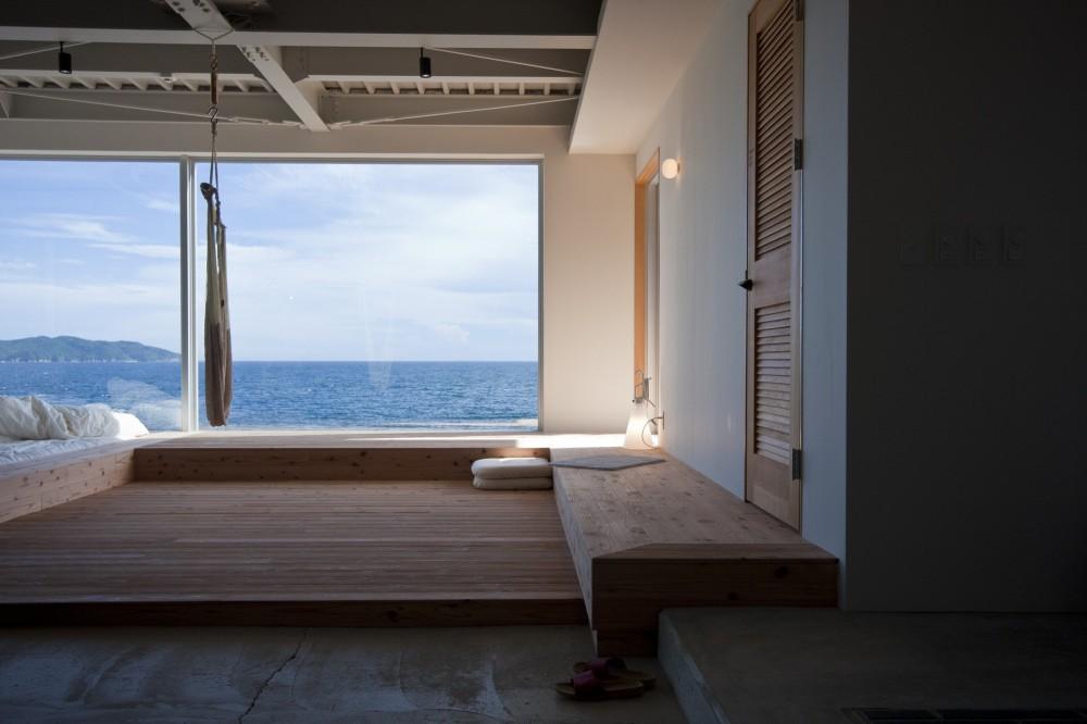 リビングから海をみる (private villa nook)
