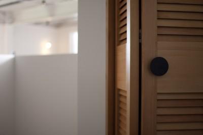 クローゼットのドア (private villa nook)