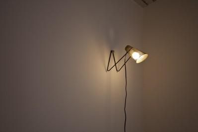 寝室の照明 (private villa nook)