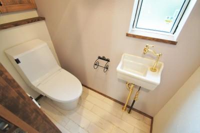 大きなテラスのある~理想の家~ (1F トイレ)
