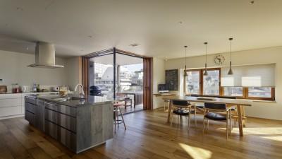 ダイニングキッチン (House-H Renovation / 築40年木造住宅のリノベーション)