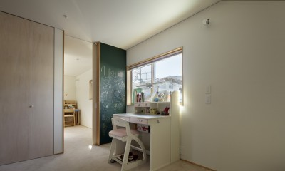 House-H Renovation / 築40年木造住宅のリノベーション (子供部屋)