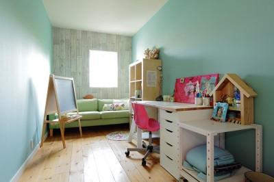 子供室 (こだわりのインテリアがつまった心地良いリビング空間に)