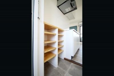 玄関 (東京賃貸リノベの新しい『つくこわリノベーション』)