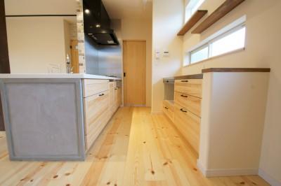 キッチン (天然木の無垢材でリフォーム~こだわりの家~)