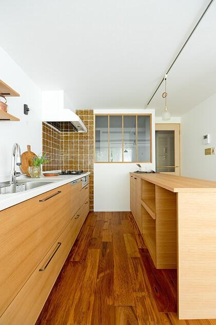 兵庫県西宮市個人住宅 (キッチン)