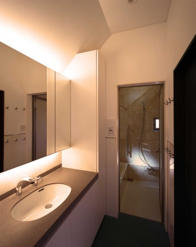 洗面スペース (末広の家)
