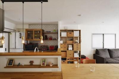 キッチン (S邸_スープも冷めない距離で暮らす)