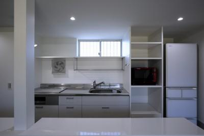 篠山市の小さな家 (キッチン)